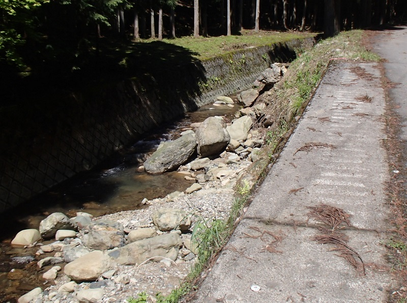 登尾川災害復旧(その1)工事