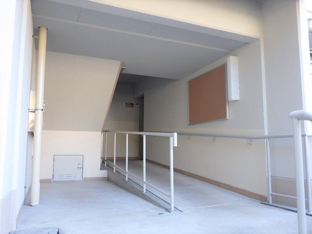 京都府:府営住宅外壁改修工事